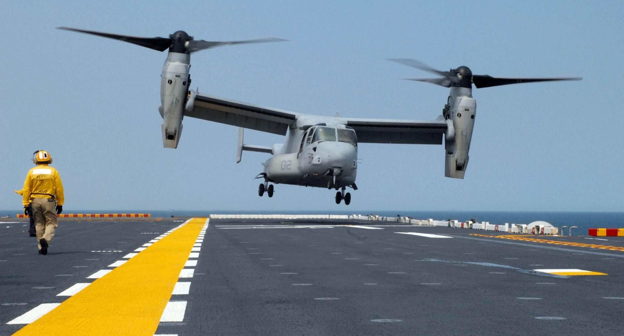 Elicottero 007 : Giappone: usa dispiegano aerei ad okinawa malgrado forte opposizione