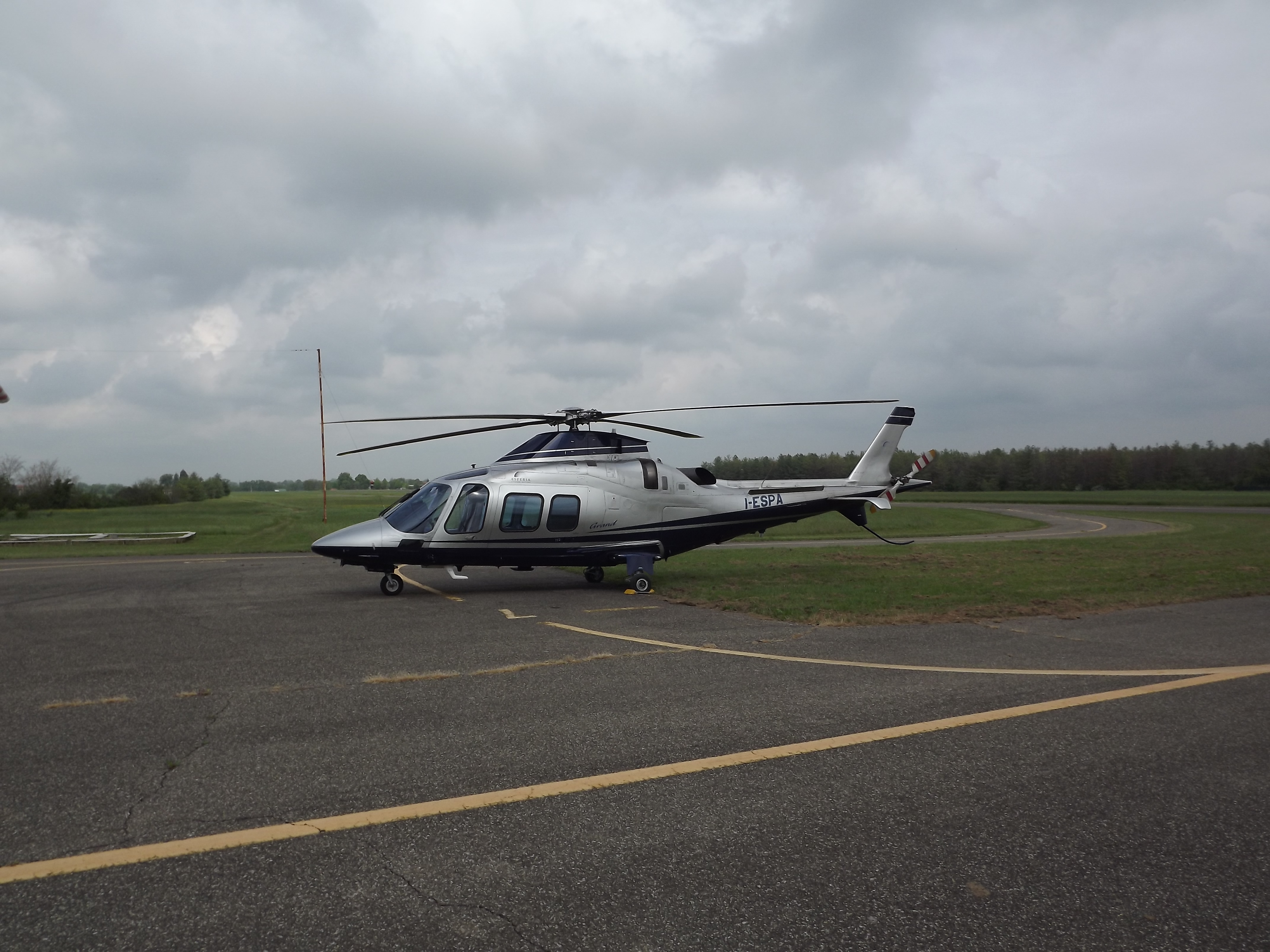 Elicottero Milano : Agusta westland aw 109s grand esperia aviation services u2013 aeroclub