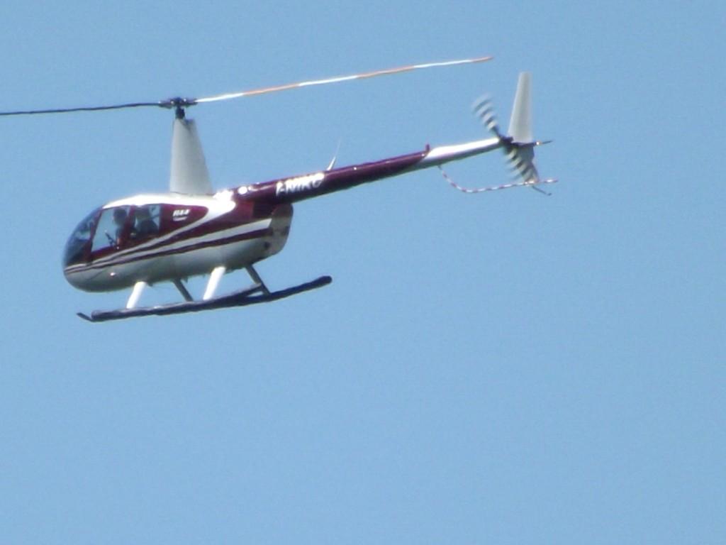 Un Elicottero : Elicottero robinson u aeroclub modena