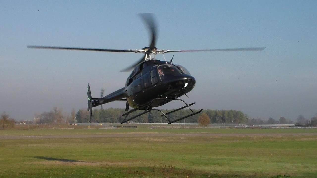Elicottero Jet Ranger : Elicottero da trasporto km con